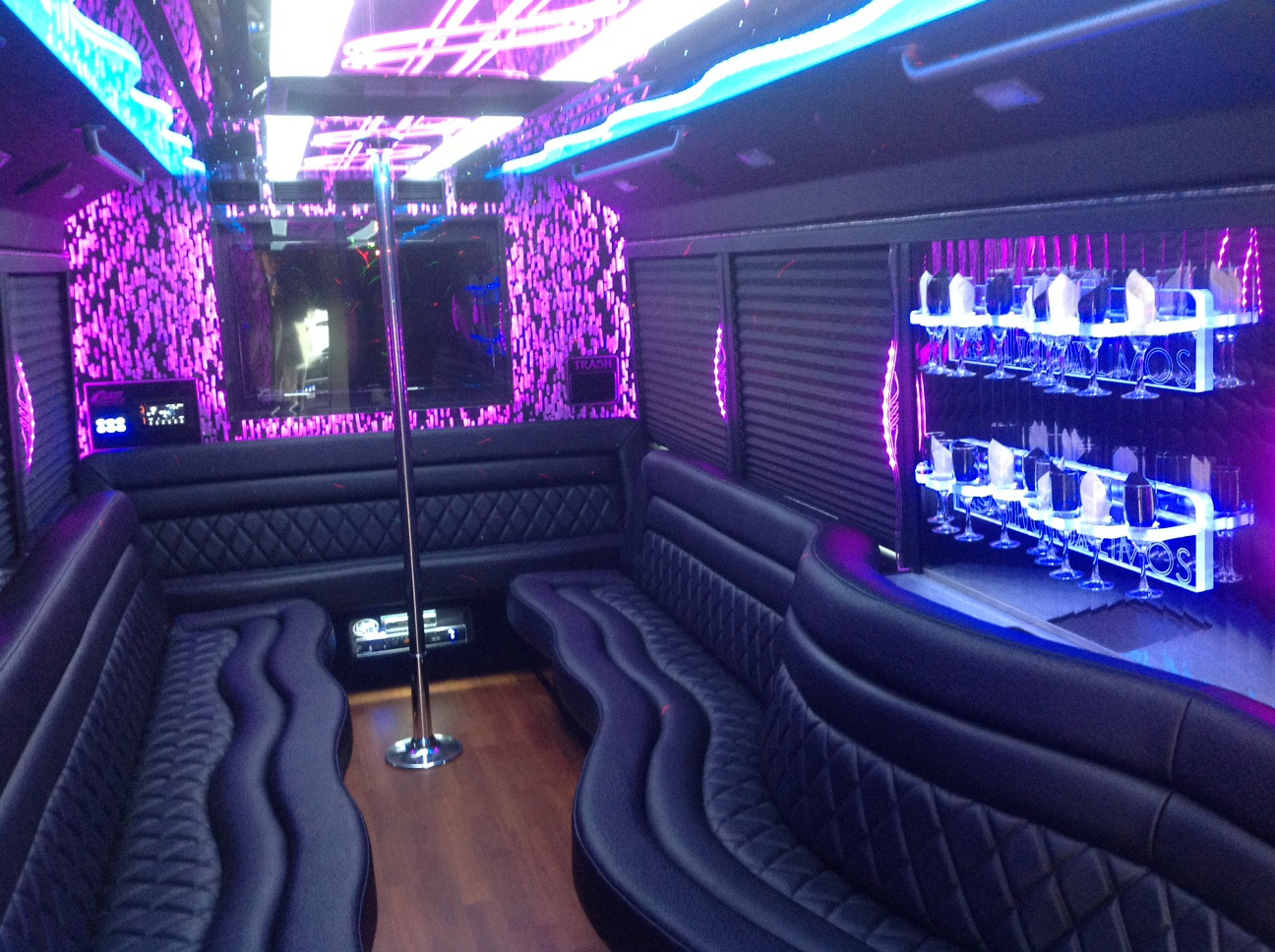 Book now MANN Luxury Party Bus